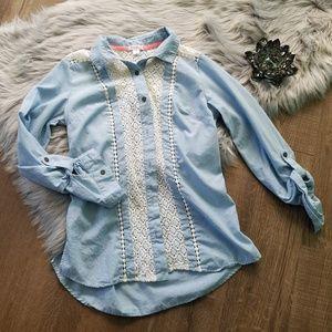 Xhiliration Blue Tab Roll Up Sleeve Lace Crochet M